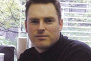 """Profesor de geografía en el University College de Londres y autor del libro """"El calentamiento global: causas, efectos, y el futuro"""" Foto:Linkedin"""