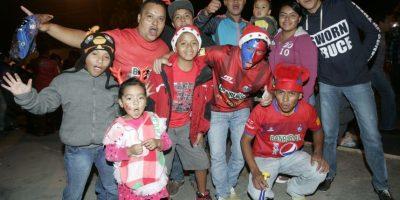 El apoyo de la afición roja se dejó ver la noche de este jueves. Foto:Publinews