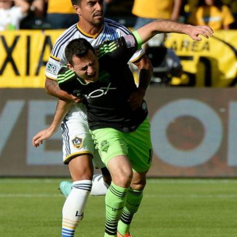 El guatemalteco fue premiado por su protagonismo con el Seattle Sounders, en esta temporada. Foto:AFP