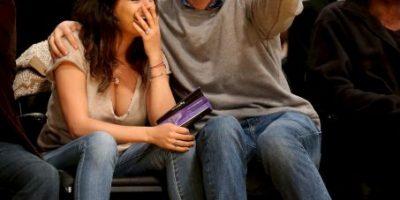 FOTOS: Reaparecen Mila Kunis y Ashton Kutcher y lo hacen muy amorosos