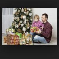 1. Premiar a los niños con regalos cuando han logrado algo, como haber ganado el partido de fútbol. Foto:Tumblr.com/Tagged/regalos-padres-hijos