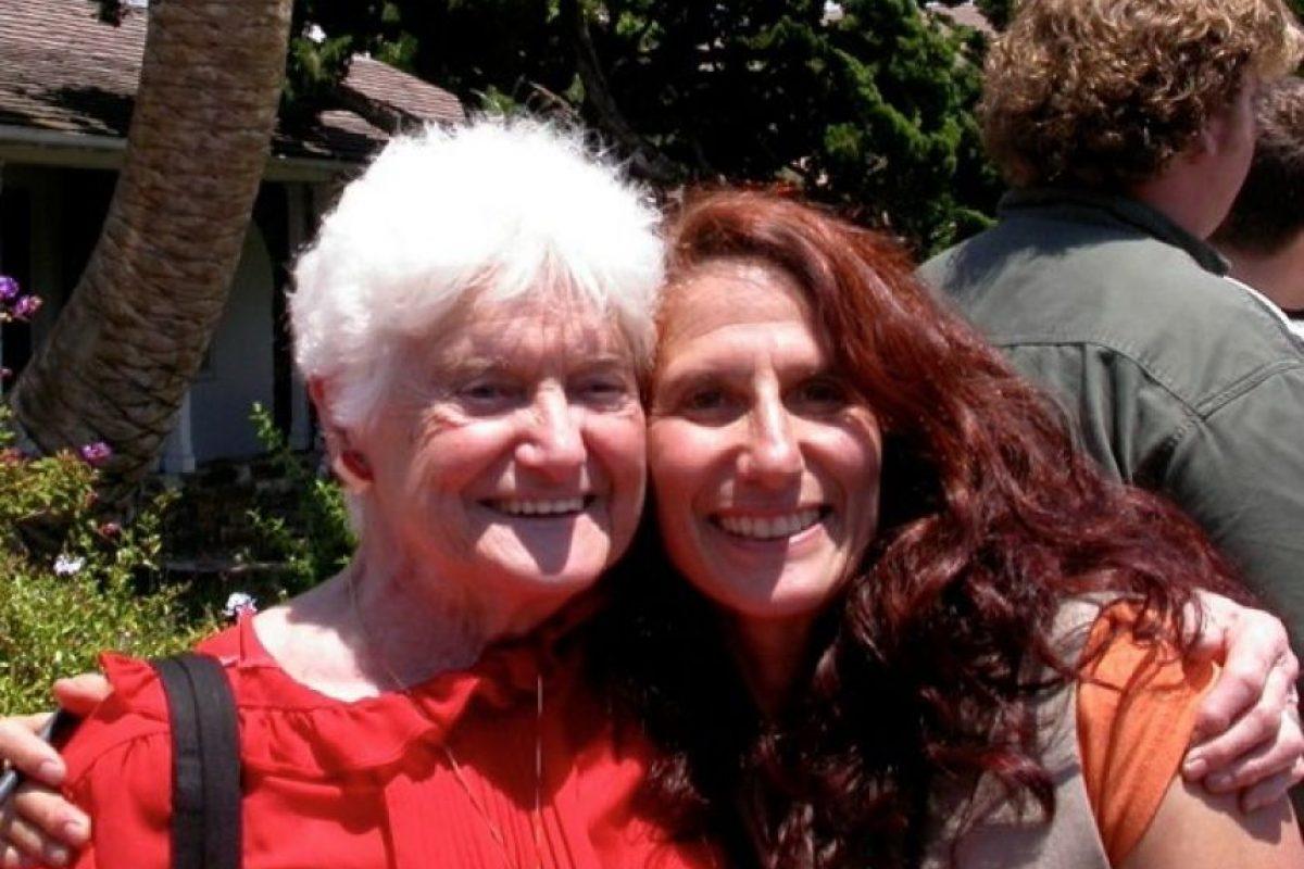 Leveroni comenzó a agragar marihuana a sus platillos debido al padecimiento epiléptico de su hija. Foto:Vía Facebook.com/aurora.leveroni.9