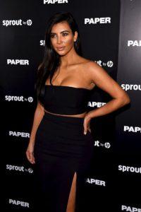 """En 2010, junto con sus hermanas Kourtney y Khloe, lanzaron una autobiografía, """"Kardashian Konfidential"""" Foto:Getty Images"""