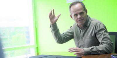 "Emilio Méndez: ""Nos urge   cambiar     nuestra         narrativa"""