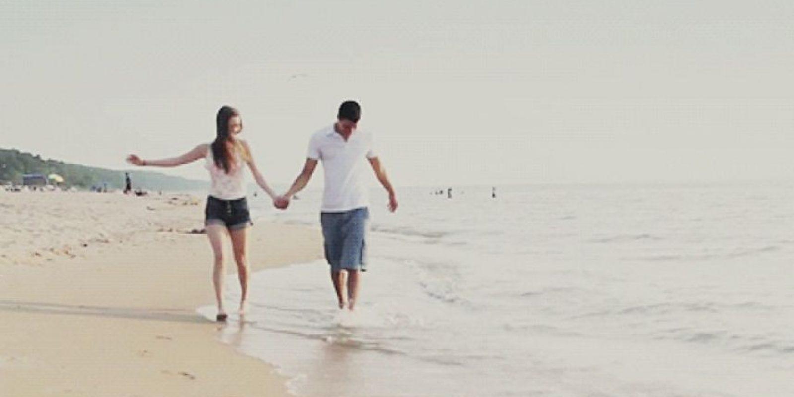 """Aunque no lo crean el estudio arrojó que los hombres también tienen como principal factor de elección el factor que se cosidera """"ideal"""" en una persona. Foto:Tumblr.com/Tagged-pareja"""