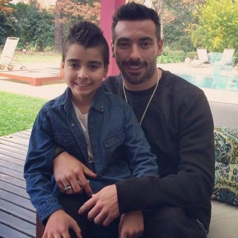 Tomás tiene nueve años de edad y producto de la relación de Lavezzi y su anterior pareja Débora. Foto:instagram.com/pocho22lavezzi