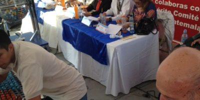 Representantes de gobernación en el sorteo. Foto:Comité Prociegos