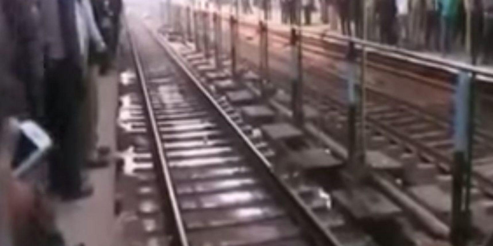 Los usuarios del tren quedaron sorprendidos Foto:YouTube Ashish Shakya