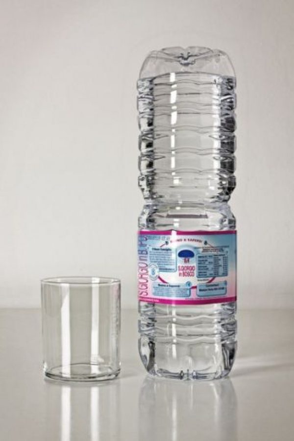 La botella de agua pura Foto:recreviral