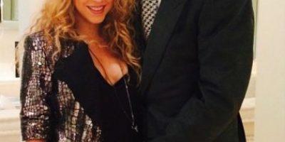 """Shakira critica a Piqué en Facebook por elección de su """"11 ideal"""""""