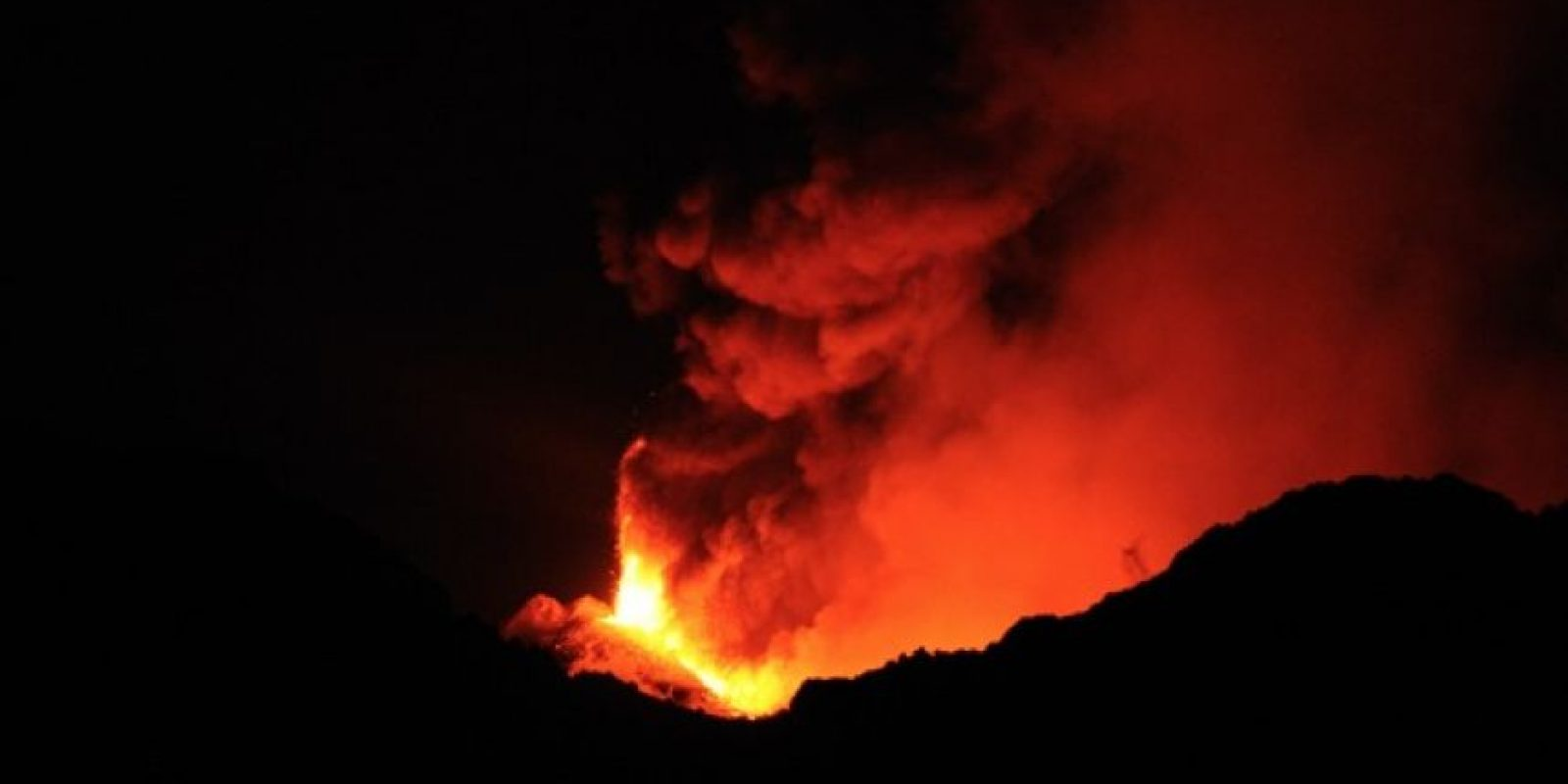 Las erupciones son consecuencia del aumento de la temperatura en el magma que se encuentra en el interior del manto terrestre. Foto:Wikipedia