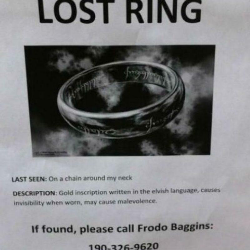 """Buecando el anillo de """"El señor de los anilos"""" Foto:FunyPics"""