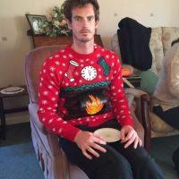 Murray en Navidad con un suéter acorde a la época. Foto:twitter.com/andy_murray