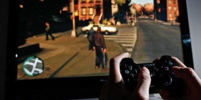 Piratas cibernéticos atacan servicios de PlayStation y Xbox
