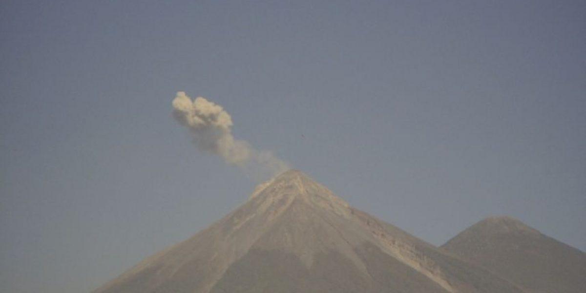Continúa la alerta por actividad volcánica