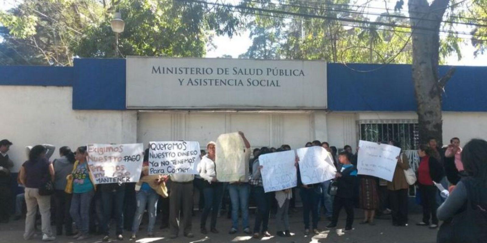 Salubrista exigen su salario. Foto:EU