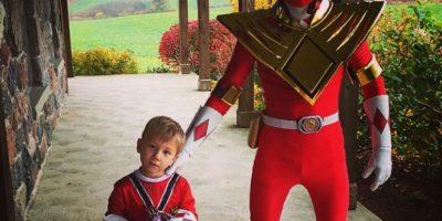 """Coordinó su disfraz de Halloween con el de su hermano menor, ambos lucieron como """"Power Rangers"""". Foto:Instagram/Justin Bieber"""