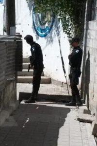 Policías en alerta en La Isla, Villalobos, Villa Nueva. Foto:EU