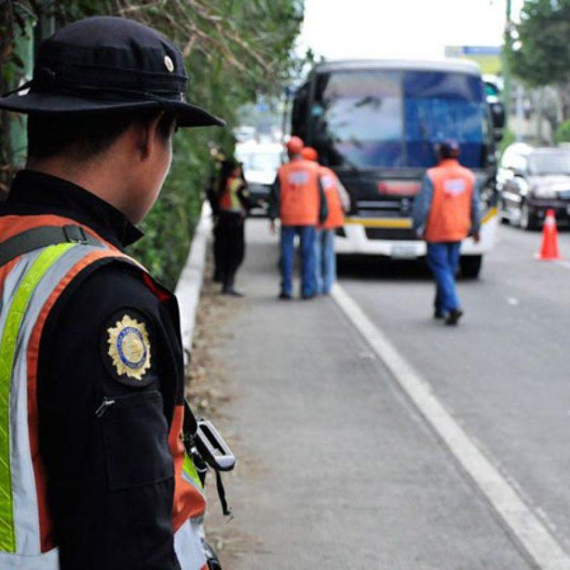 Policías realizan operativos en las carreteras. Foto:PNC, Tránsito