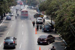 Los puestos de control en las carreteras. Foto:PNC, Tránsito