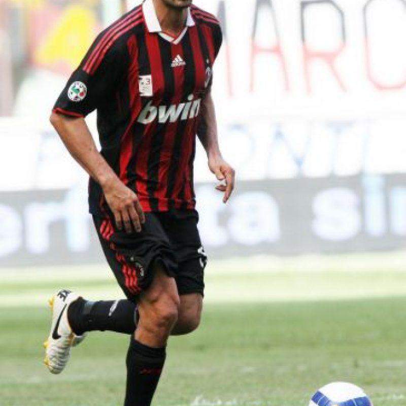 El italiano Paolo Maldini formaría parte de la zaga defensiva Foto:Getty