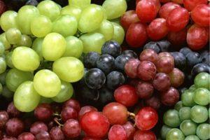 3. No deben faltar las uvas. 12 uvas representan los 12 meses del año y en ellas se depositan nuestros propósitos. Foto:Pixabay