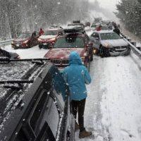 Al menos 50 vehículos han estado involucrados. Foto:Publinews