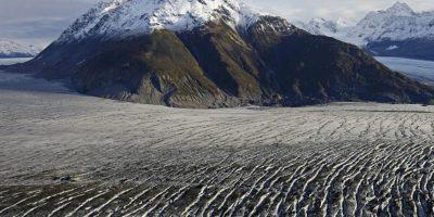 Glaciar de Yakutat durante un vuelo sobre el sureste de Alaska el 7 de octubre de 2014. Foto:Publinews