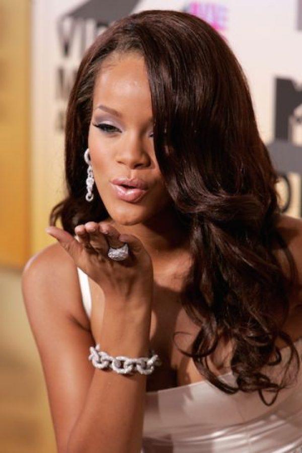 En su visita Rihanna decidió mostrar su lado más sensual en una sesión fotográfica dentro de la mezquita. Foto:Getty Images