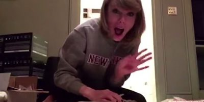 Les mandó regalos a sus fans Foto: YouTube Taylor Swift