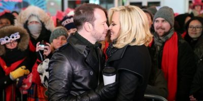 Donnie Wahlberg y Jenny McCarthy en Times Square Foto:Instagram