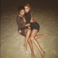 Selena Gomez y Gigi Hadid in Dubái Foto:Instagram