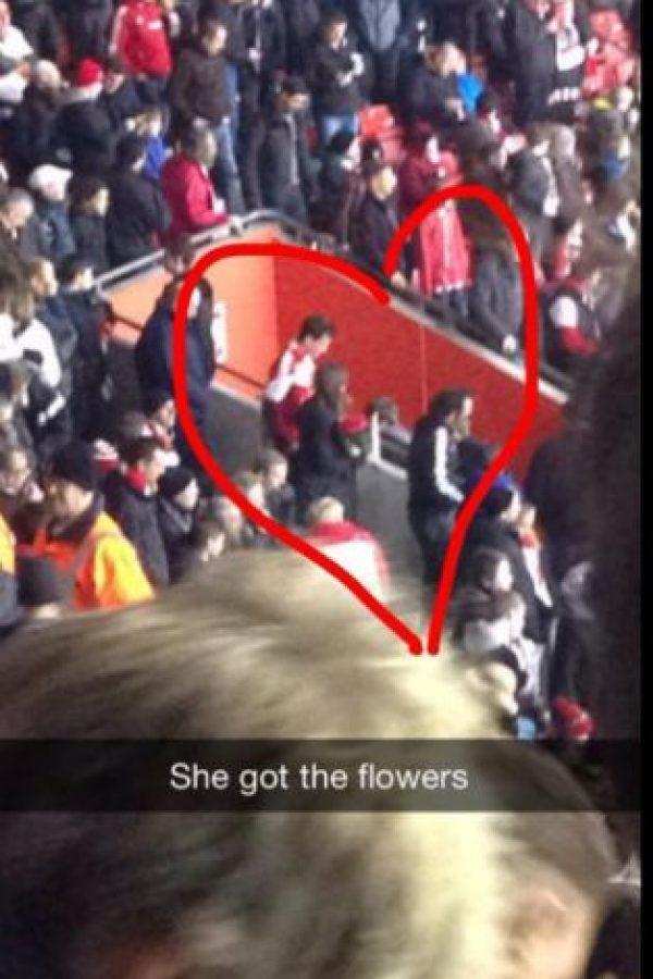 Tim conoció a la chica en el partido ante Arsenal Foto:Youtube: Southampton FC