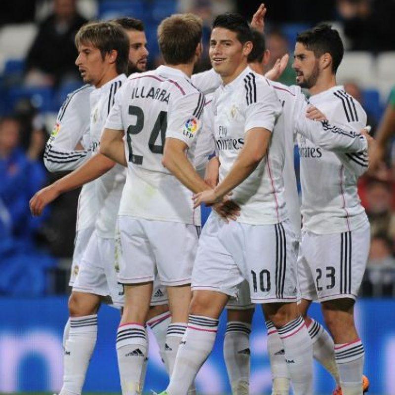 Los blancos perdieron 2-1 con Valencia y terminó su racha de 22 partidos con victoria Foto:AFP