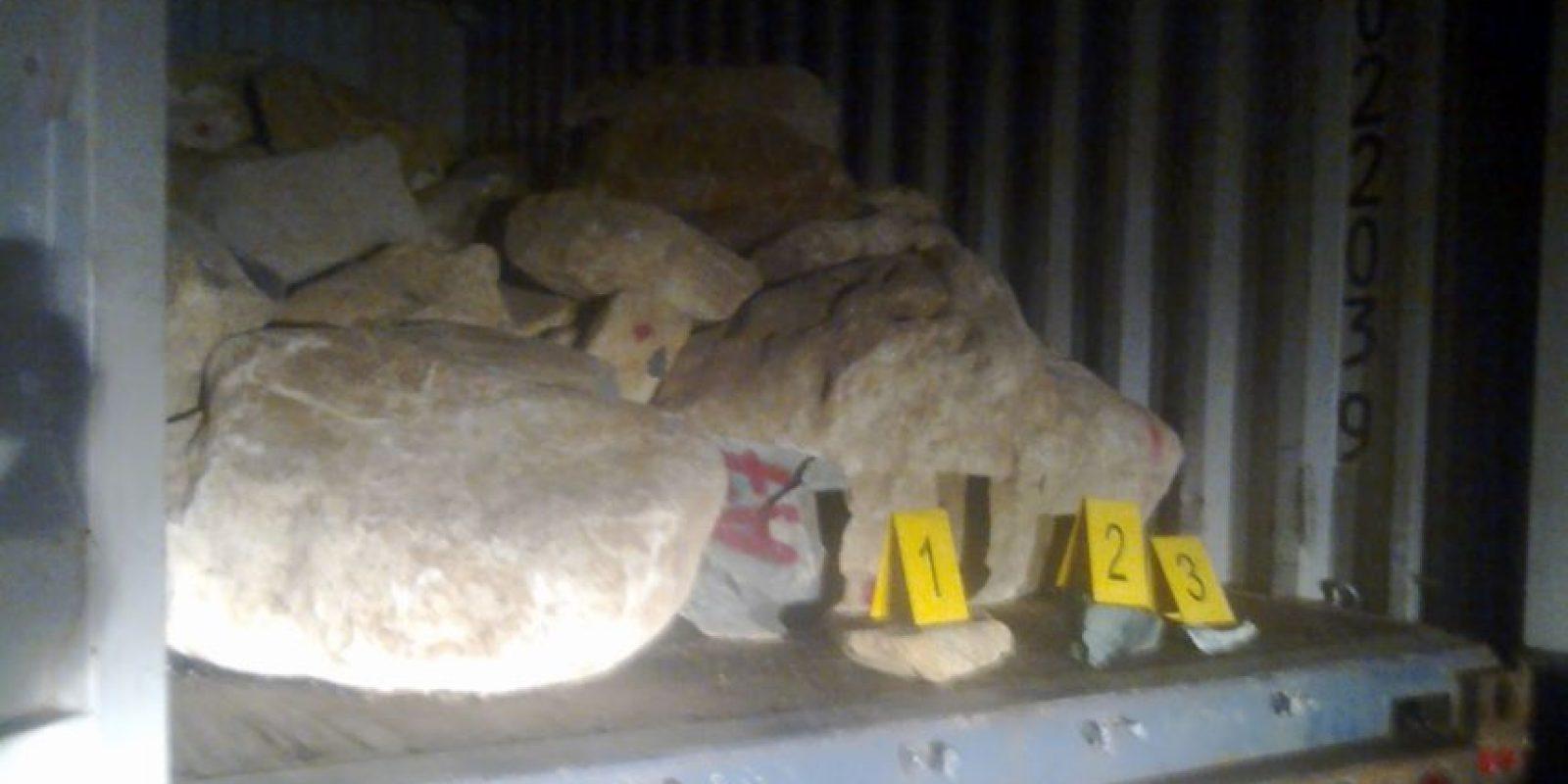 El jade iba en los camiones. Foto:PNC