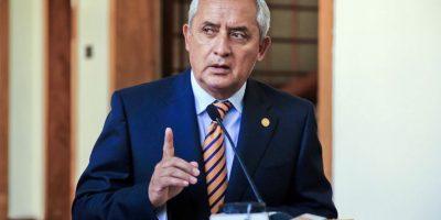"""Presidente asegura que """"no"""" le perturban las declaraciones de Baldetti"""