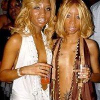 Estas dos versiones de Paris Hilton Foto:EmbarrassingNightClubPhotos