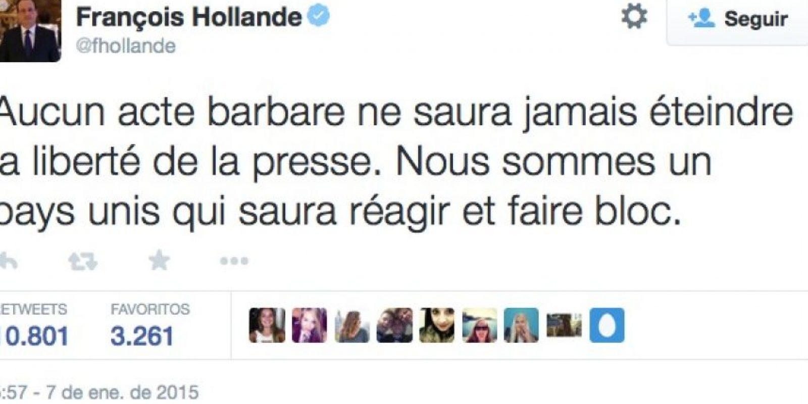 """Francois Hollande, Presidente de Francia: """"Ningún acto de barbarie acabará con la libertad de prensa"""" Foto:Twitter"""