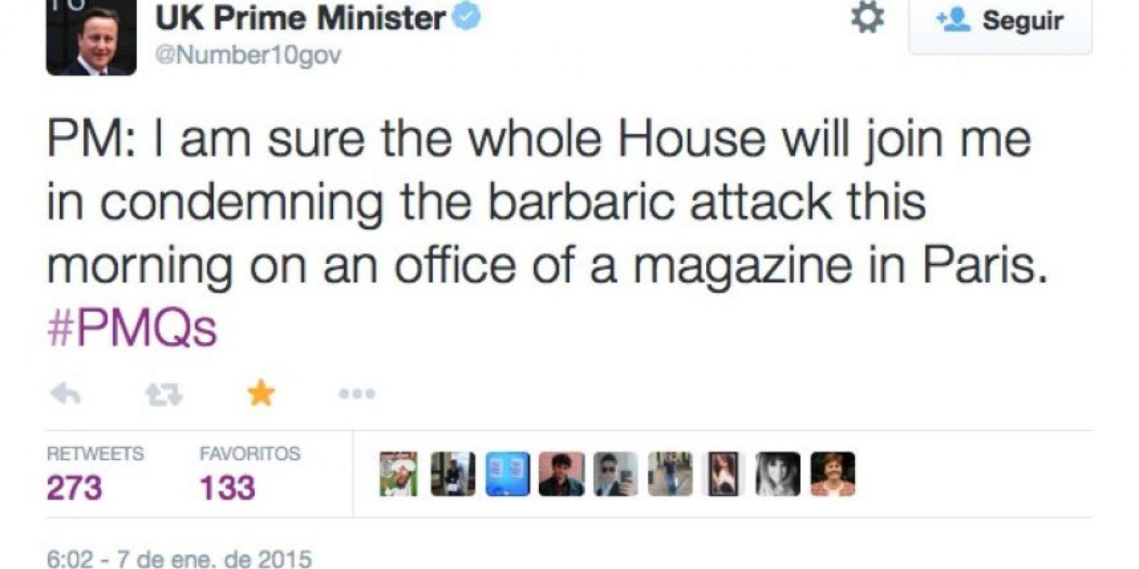 """También David Cameron, pero desde la cuenta del Primer Ministro: """"Estoy seguro que la Casa de Representantes se unirá conmigo en condenar los ataques barbáricos en la redacción de semanario en Francia"""" Foto:Twitter"""