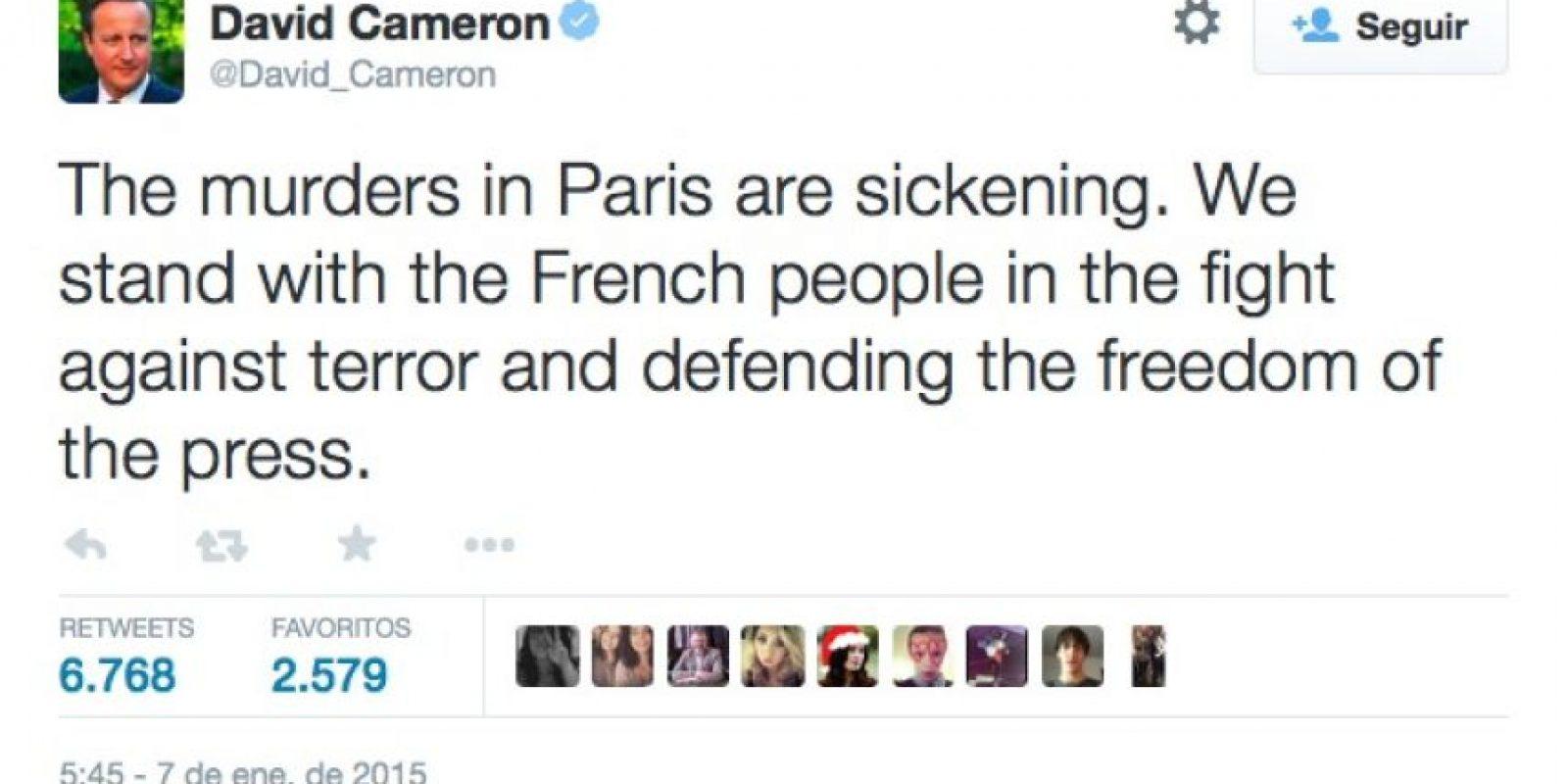 """David Cameron, Primer Ministro de Inglaterra: """"Los asesinatos en París son repugnantes. Estamos con el pueblo francés en la lucha contra el terrorismo y la defensa de la libertad de prensa"""". Foto:Twitter"""