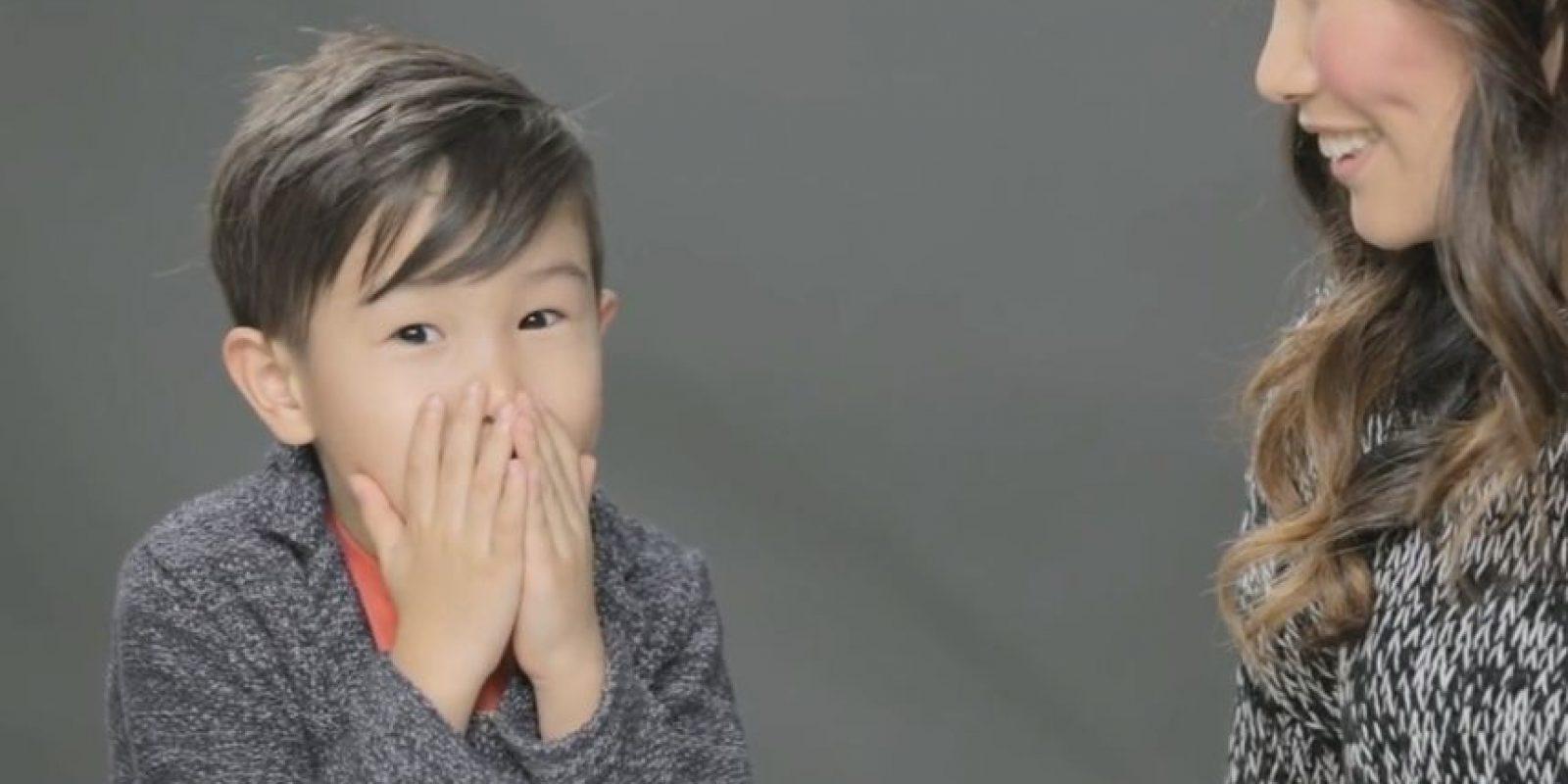 Algunos niños no podían creer cómo sucedía todo en realidad. Foto:The Cut/ Youtube
