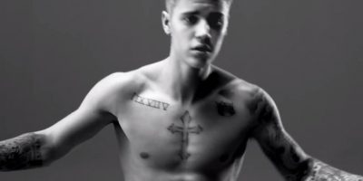 VIDEO: ¡En ropa interior! Justin Bieber presume sus