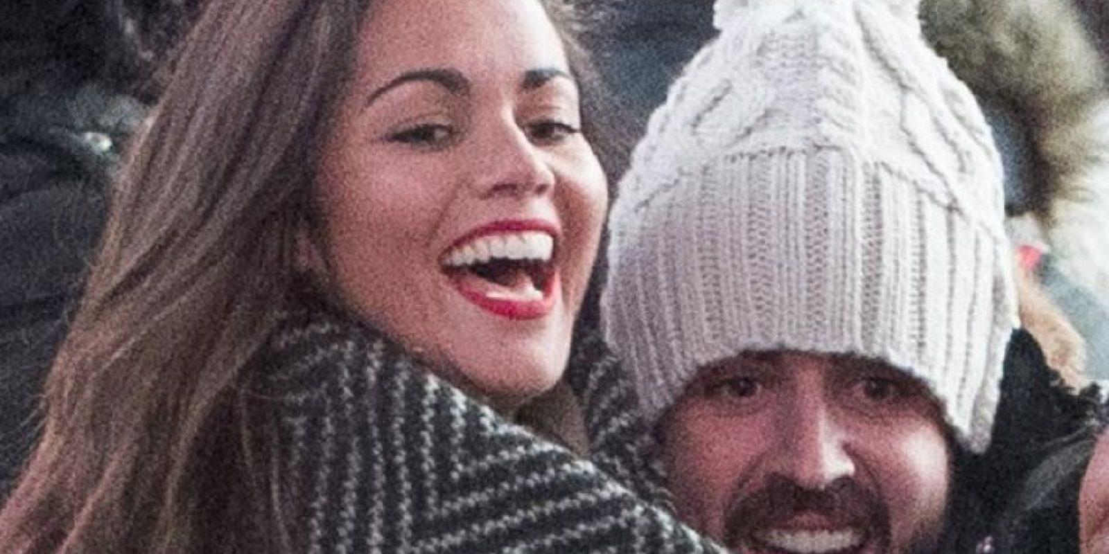 Felices, así lucieron Lara Álvarez y Fernando Alonso en Times Square. Foto:¡Hola!