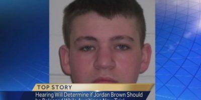 Jordan Brown: En 1997, cuando Jordan tenía once años, tomó la escopeta que le regaló su padre y le dio un tiro en la cabeza a su madrastra, que estaba embarazada de ocho meses. El niño, como si nada, salió de su casa y se subió al autobus para ir a la escuela. Fue condenado a cadena perpetua. Foto:WTAE