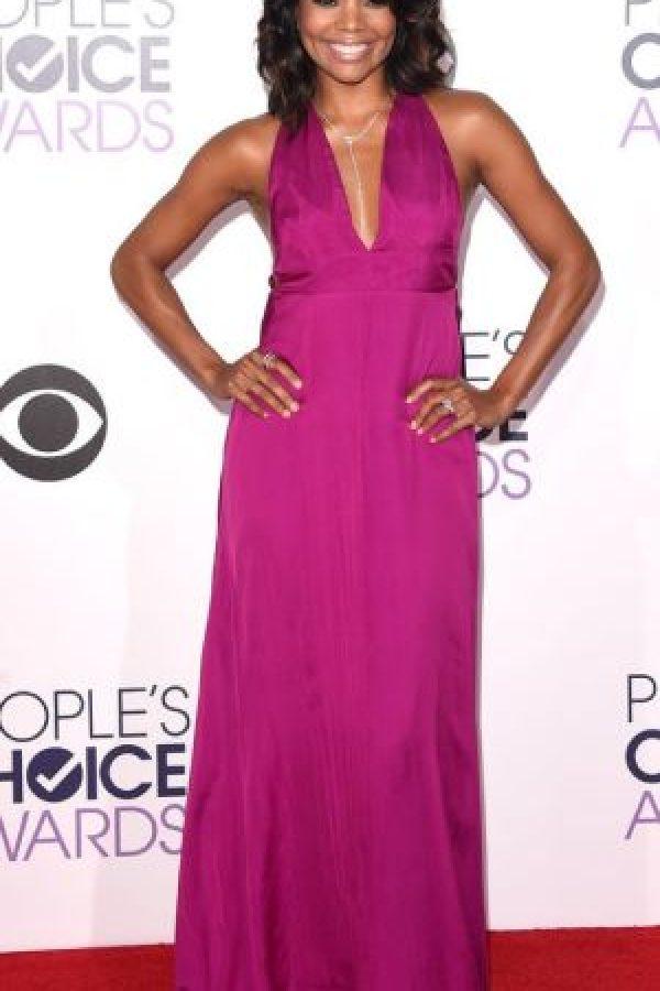 Gabrielle Union, en magenta. Foto:Getty Images