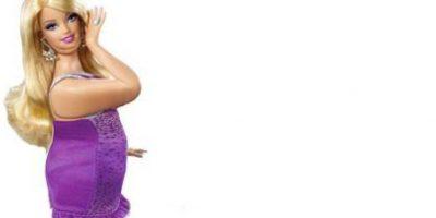 """Barbie """"Hot Flash"""", ligera de ropa y amplia en carnes. Foto:HotPointsCase"""