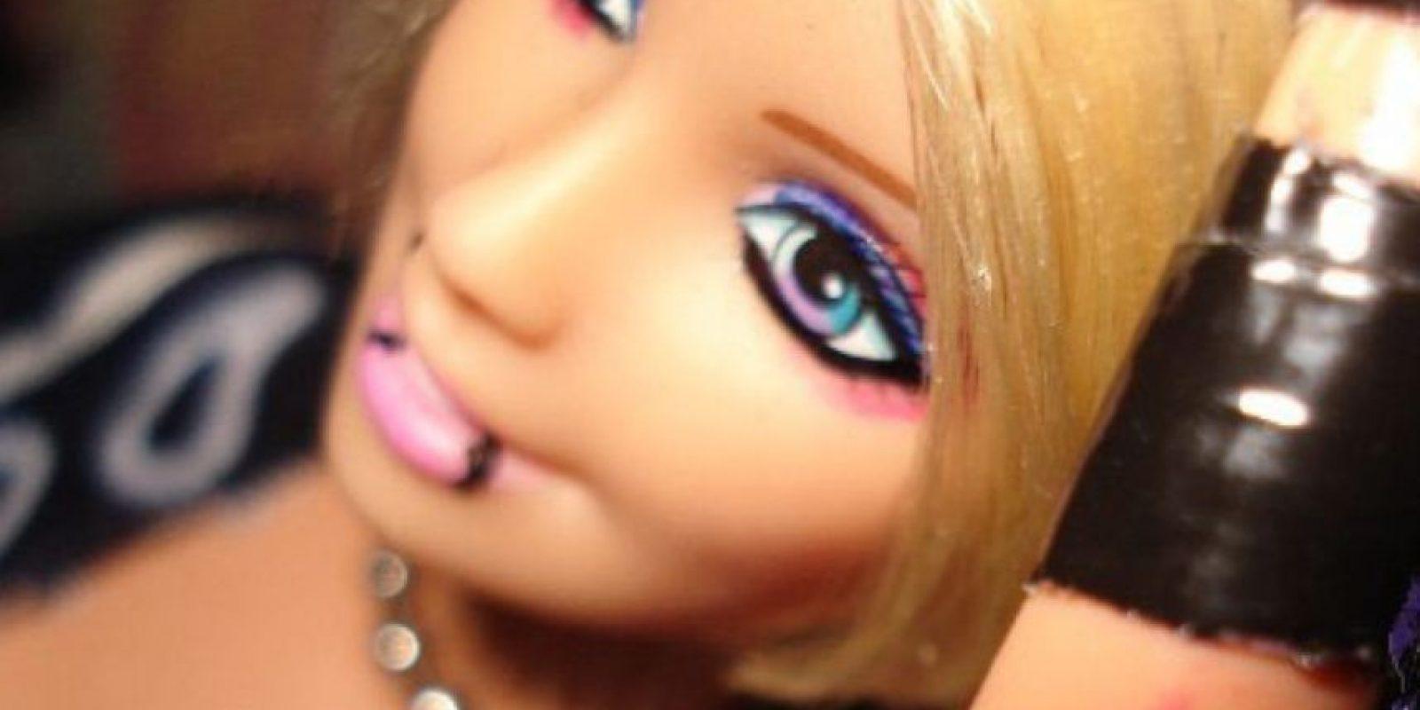 """Barbie """"Lesbiana"""" con estética estereotipada Foto:HotPointsCase"""