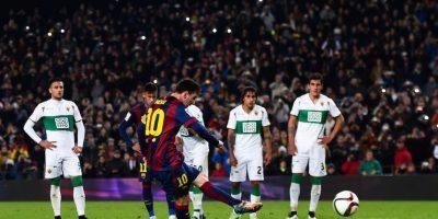 El argentino convirtió un penal en el minuto 45 ante el Helche. Foto:Getty Images
