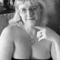 Ahora Stephanie cuida a Parma. Y recibe donaciones para ayudar en el cuidado del amor de su vida. Las dos dicen que no les importa el género, lo importante es que se aman. Foto:Facebook/Stephanie Nickles