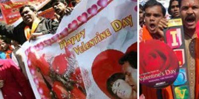 4. Hindúes protestan contra el Día de San Valentín. Esto debido a que ellos no tienen pareja sentimental. Luego de la protesta, quermaron cartas alusivas al día. Foto:Reddit